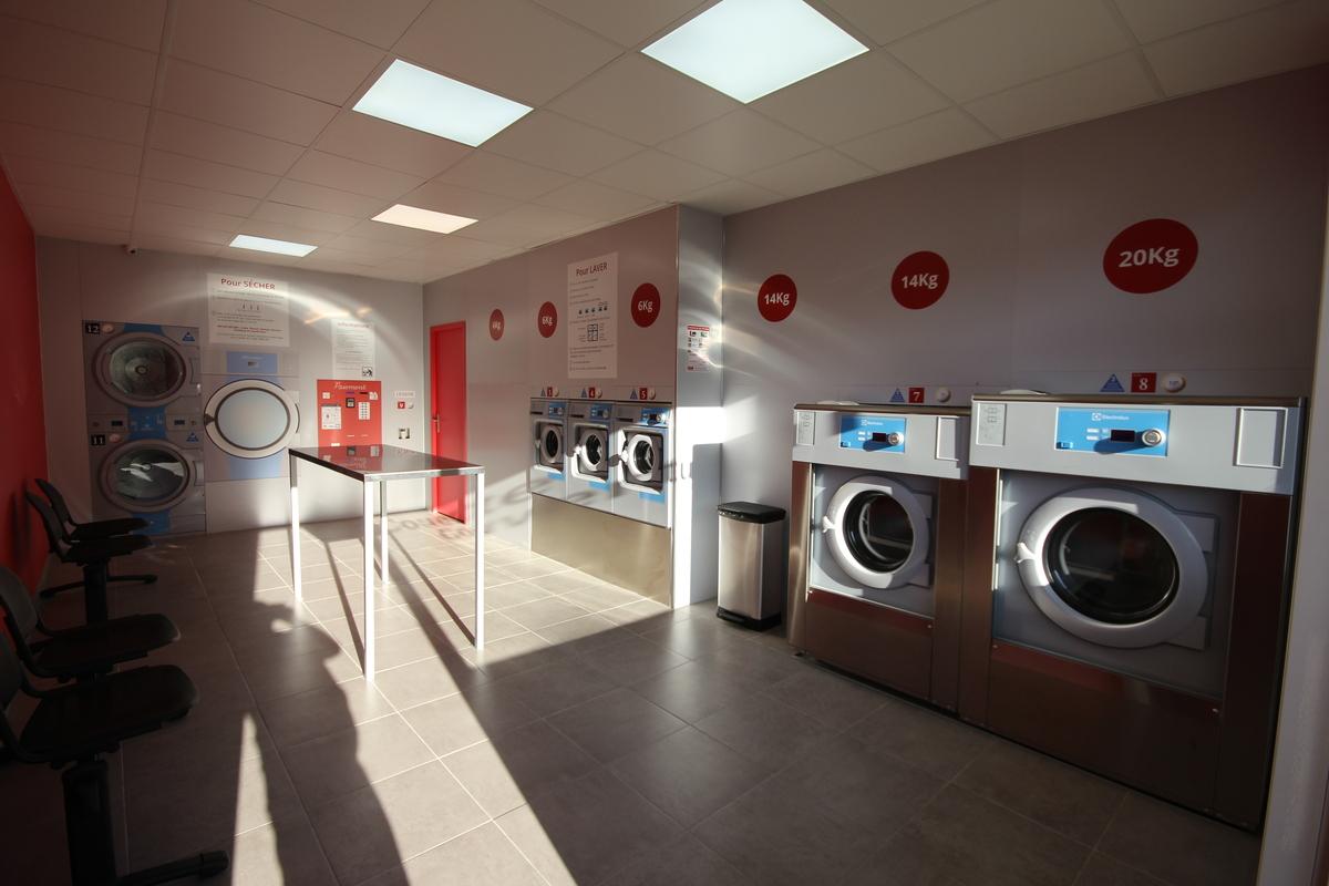 Lux laverie accueil installateur de laveries automatique - Mr bricolage montpellier ...